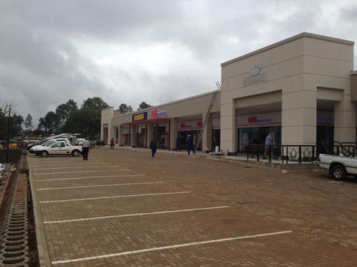 Elim Shopping Centre & Engen (Limpopo)